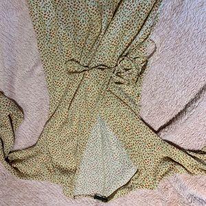 Brandy Melville flower dress